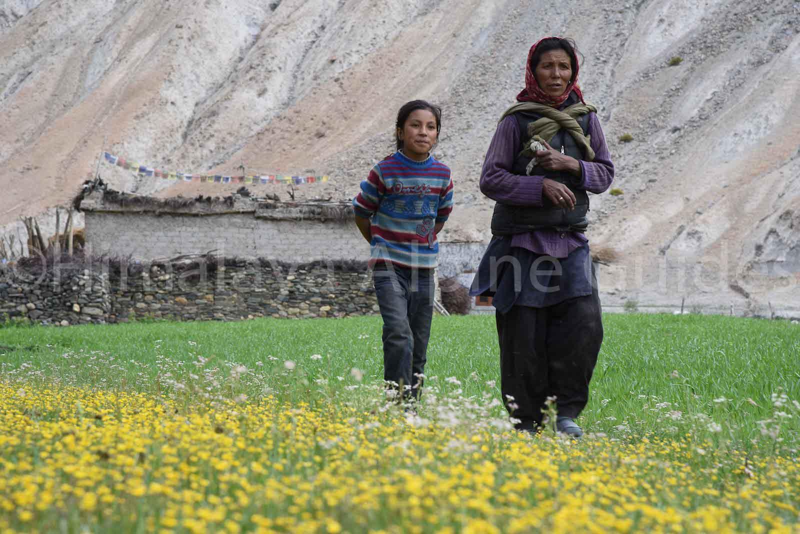 hangkar-family-ladakh
