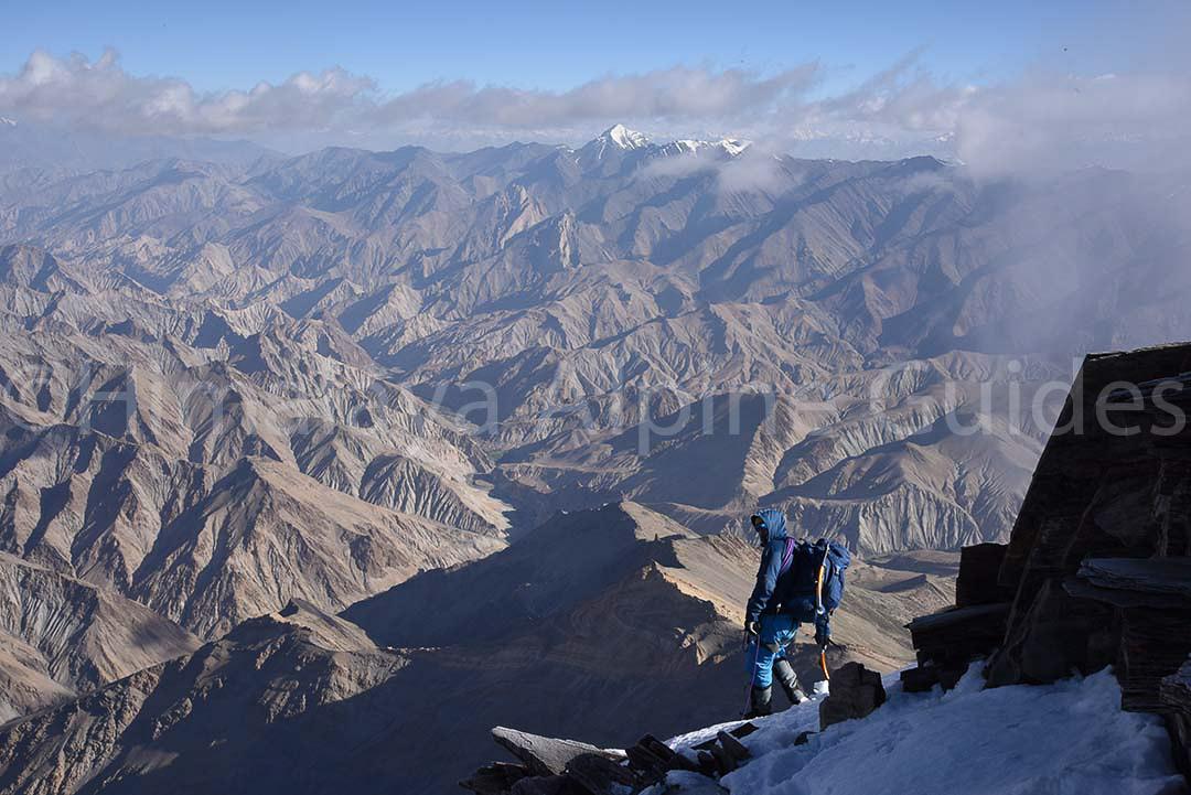 kang-yatze-climber-alpine